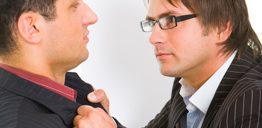 Violence: comment réagir pour calmer l'escalade?