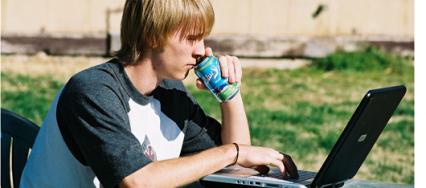 Pionniers de l'Internet, les adolescents en découvrent aussi les nouveaux pièges