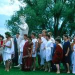 Dorigny. Jeux olympiques antiques en 1987. Les athlètes avant le sacrifice. © DR