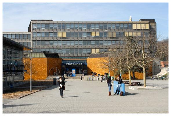 L'Internef, où sont installées la Faculté de droit et la Faculté des HEC. Photos Nicole Chuard © UNIL