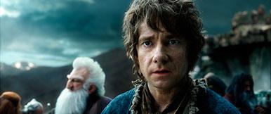 «Bilbo». La fantasy nous pousse à nous lancer sur les routes pour vivre une quête, tout comme le héros créé par Tolkien. Ici, une image tirée de Le Hobbit: La Bataille des Cinq Armées, qui sort le 10 décembre 2014. © Warner Bros. Ent. All Rights Reserved