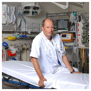 Patrick Schoettker. Responsable de l'Anesthésie neurochirurgicale, ORL et Urgences au Service d'anesthésiologie du CHUV et privat-docent à l'UNIL. Nicole Chuard © UNIL