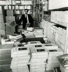 Vladimir Dimitrijevic dans les bureaux de L'Age d'Homme, mai 1978 (CLSR)