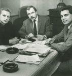 Bernard Christoff, Jacques Chessex et Bertil Galland travaillant au sommaire de la revue « Ecriture », 1963 (CLSR)