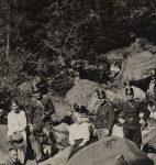 Paul Budry et un groupe de militaires en montagne, années 1910 (fonds P. Budry, CLSR)