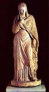 Statue découverte dans une des nécropoles de Panticapée (Kertch).