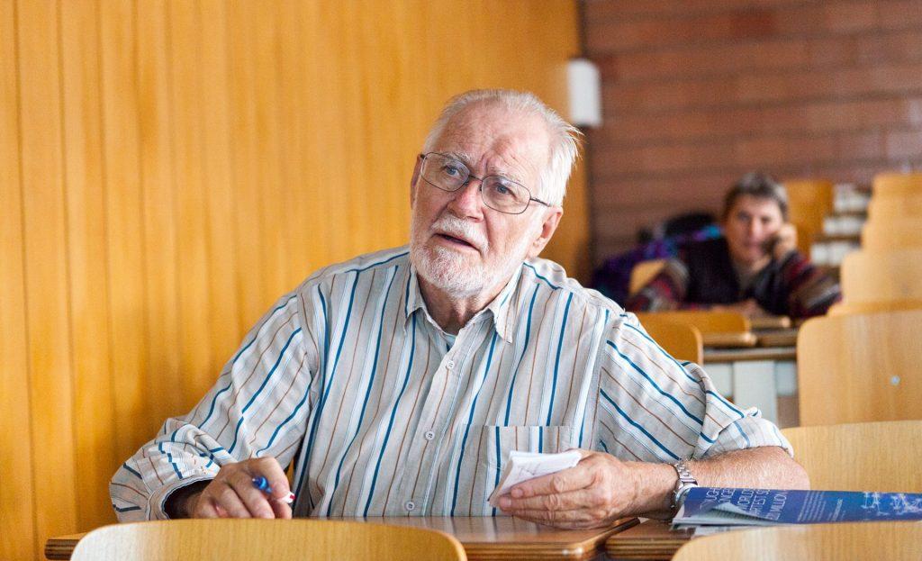 EMF Jubilee Symposium. Professeur Jacques DUBOCHET. © Willy Blanchard, EMF, Université de Lausanne