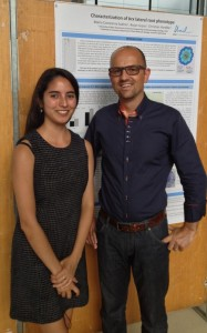 Constanza & Christian posing in front of Constanza's poster during the SUR farewell presentations.